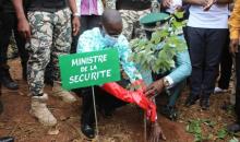 [Côte d'Ivoire/Lutte contre la déforestation] Le ministre Vagondo Diomandé lance l'opération de planting de 430 000 arbres à l'aérodrome de Man
