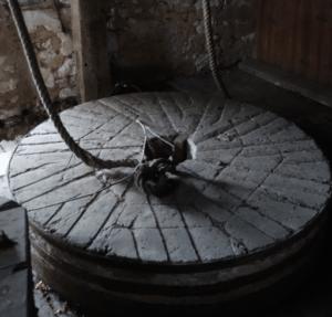 meule en pierre