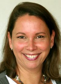 Mira Lydia Schrader - Therapiebegleithundeführerin - Bonner Lern- und Therapiezentrum