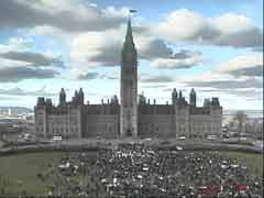 Nov 30, 2004 - the crowd on the Parliament Hill at 2:27pm,  courtesy of the HillCam