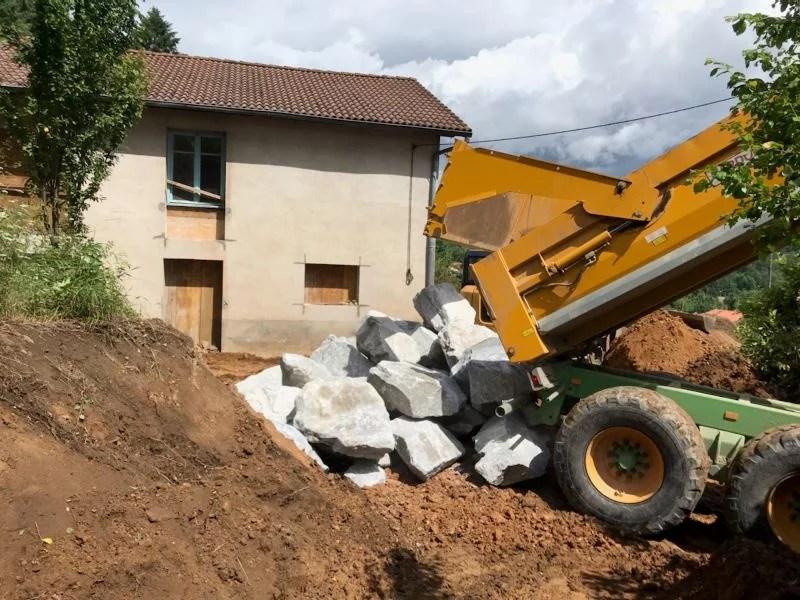 Fabrication des briques de terre crue pour la réalisation de cloisons