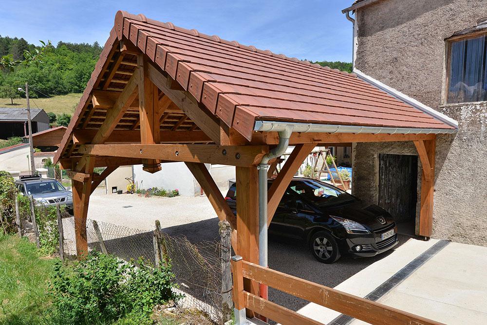 Garage sur poteaux en Douglas