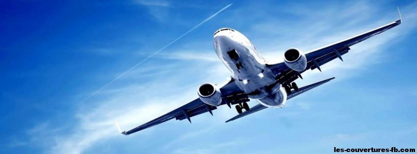 Avion dans le ciel - Photo de couverture journal Facebook.jpg