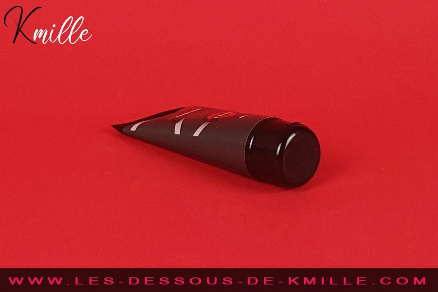 Kmille teste le lubrifiant anal Unisx de Espace Libido.