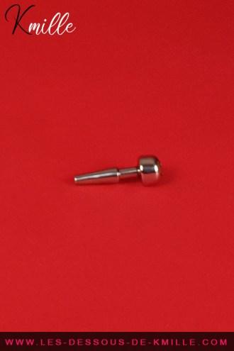 Céd' teste le plug à urètre Piss Soaker, de la marque Black Label.
