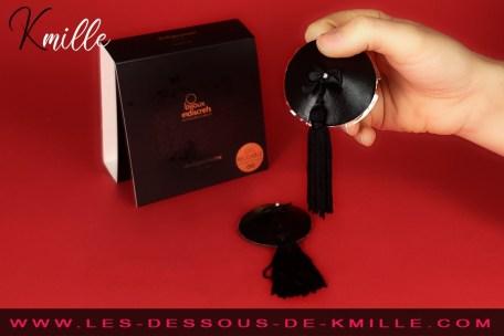 Présentation des nippies en cuir et satin, de la marque Bijoux Indiscrets.