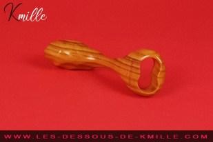 Test d'un sextoy en bois courbée, de la marque Idée du Désir.