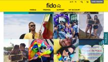 Fido, un opérateur téléphonique, relaie les images des défilés sur son site web.
