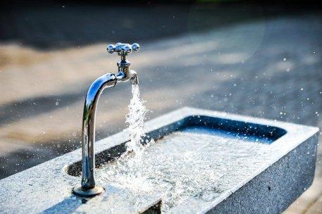 Boire l'eau du robinet, plus écologique