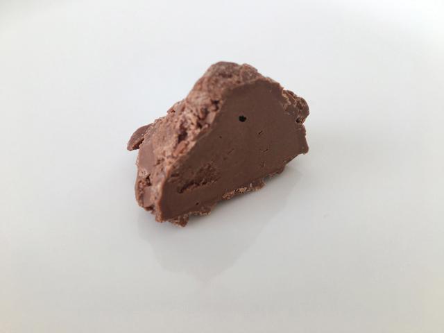 デジレーのトリュフの中身,チョコレート,トリュフ,バレンタイン,ダスカジャパン クァウテモック, Désirée,chocolate,Truffe,Valentine,truffle,Bonbon de chocolat,