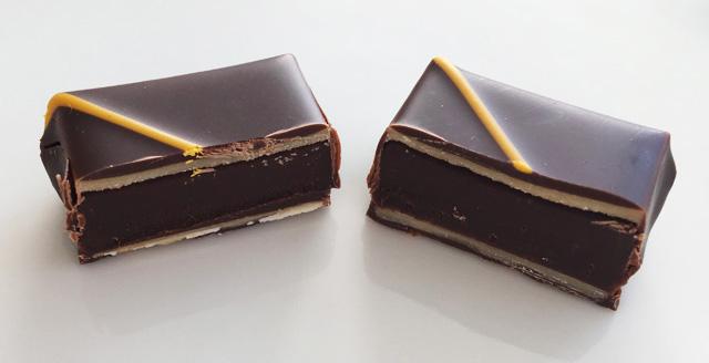 パッショネモン ショコラを2つにカットした状態,ヴェルティージュ,ラ メゾン デュ ショコラ,VERTIGE,LA MAISON DU CHOCOLAT,