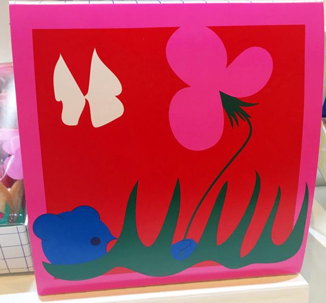 オードリー,グレイシアの「ミルク」の箱のデザイン,ピンクと赤のカラフルなボックス,阪急うめだ本店,バレンタインチョコレート博覧会2020,