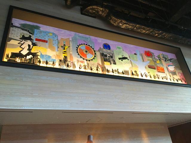 モクシー大阪新梅田,ロビーラウンジ,ロビーの天井近くの壁に描かれた絵,Moxy Osaka Shin Umeda,Marriott International,