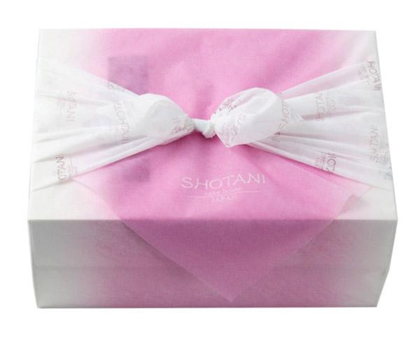 ケーキハウス ショウタニ,和の心,ふろしきのように包装されたギフト,母の日,2020,