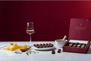 ノイハウス,ワインペアリング ボックス,ゴ・エ・ミヨのセピデ・セダガートニア氏とのコラボ商品,バレンタイン,2021,チョコレート,ベルギーチョコレート,NEUHAUS,Valentine,chocolate,