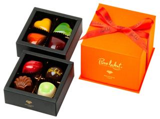 ピエールルドン,プチシャトー,税込2862円,本体価格2650円,8粒入,オレンジの2段重ねのBOX,箱寸=10.2×9.9×8cm,バレンタイン,2021,チョコレート,Pierre Ledent,Valentine,chocolate,