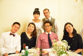 la table de de les amis