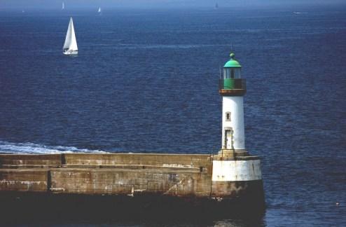 voilier de croisière en Bretagne