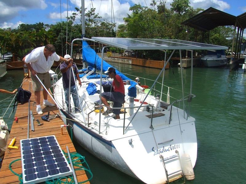 équiper son voilier de panneaux solairespour une traversée