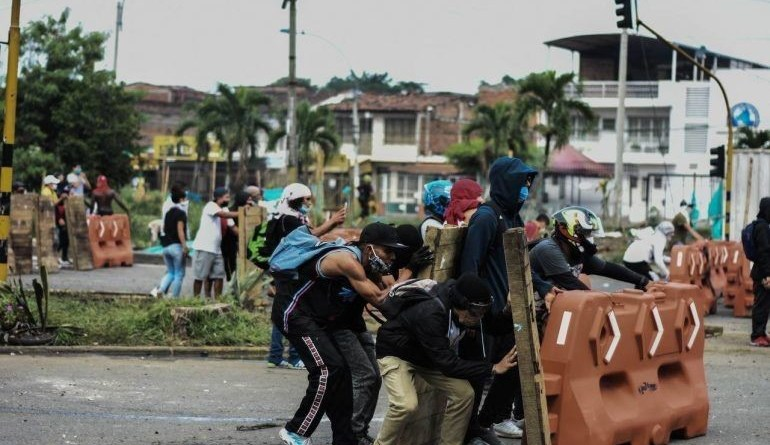 Tactiques de résistance populaire aux restrictions Étatiques