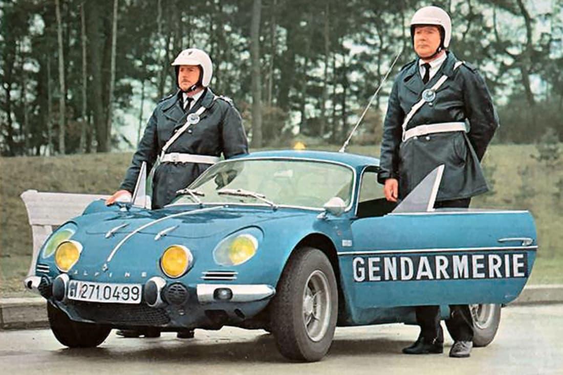 Alpine A110 Berlinette BRI Gendarmerie 11 | BRI : Alpine, au sein d'une unité d'élite