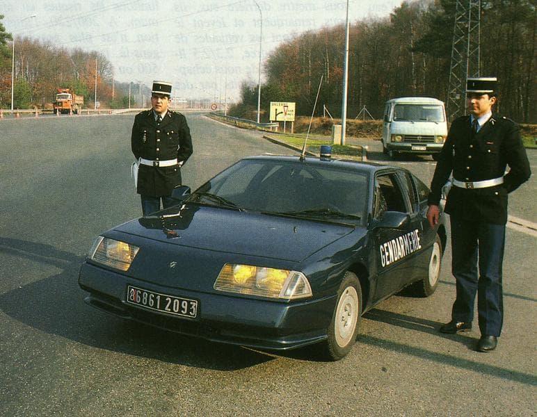 Alpine GTA BRI Gendarmerie 3 | BRI : Alpine, au sein d'une unité d'élite