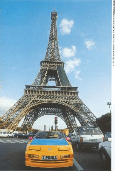 Départ Raid Liberté | Le Raid Liberté : 8 000 km en Alpine A610 de Paris à Saint Pétersbourg