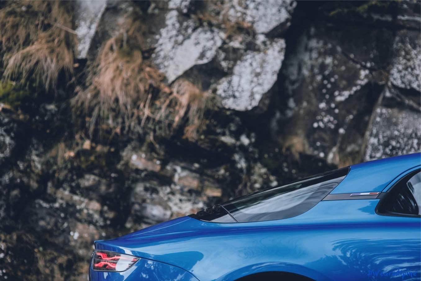 Genève 2017 Alpine A110 Premiere edition officielle 9 imp scaled | Salon de Genève 2017, toutes les informations officielles de l'Alpine A110 !