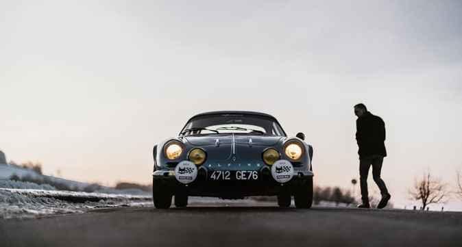 Alpine LAB et son Alpine A110 1300S Usine de 1968 Classic Driver - 11