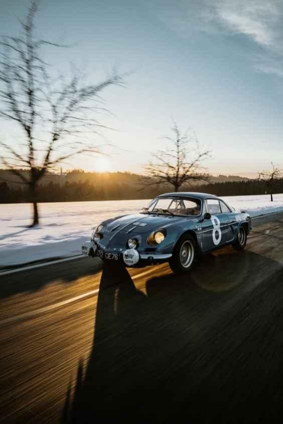 Alpine LAB et son Alpine A110 1300S Usine de 1968 Classic Driver - 25