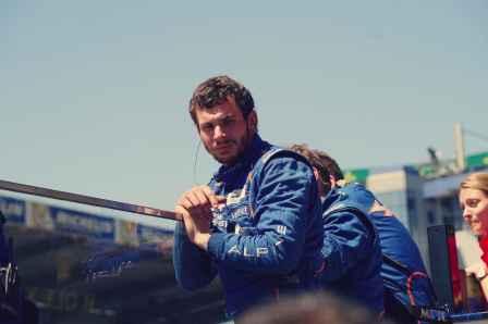 Alpine Planet WEC 24 Heures du Mans 2017 Signatech Alpine Ragues Panciatici Rao Negrao Dumas Menezes coulisses - 69-imp