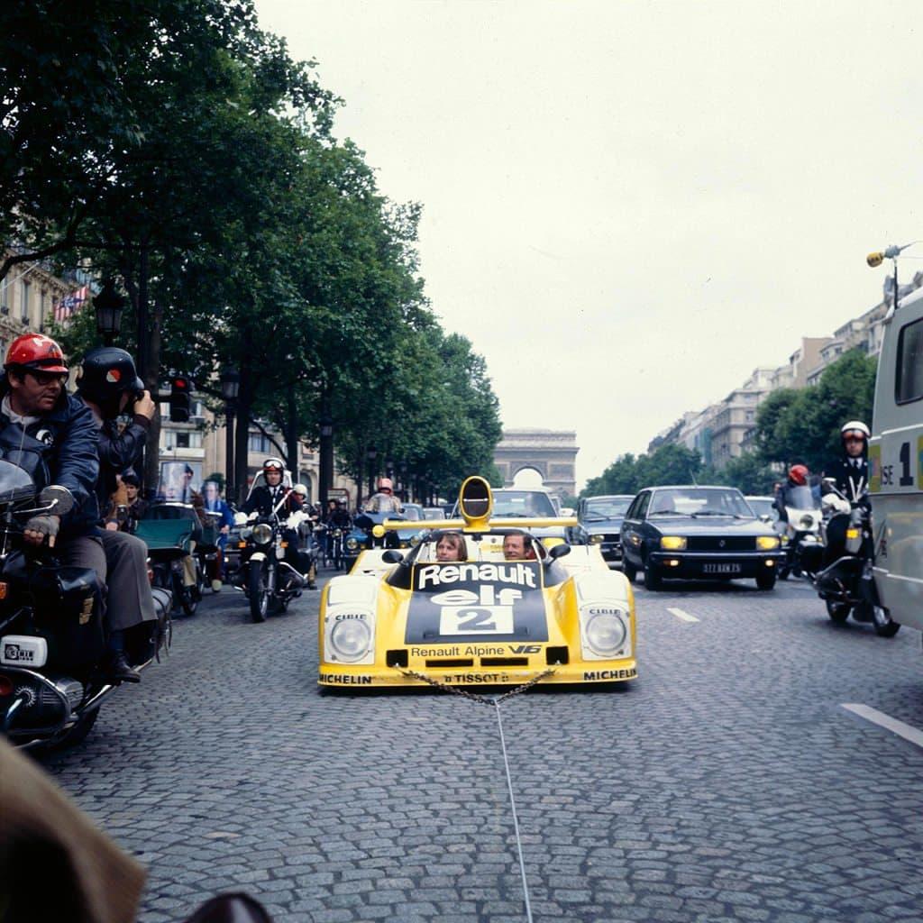 24 Heures du Mans 1978 pironi jabouille depailler jaussaud bell ragnotti frequelin a443 a442b a442a a442 victoire 8 | Jean Pierre Jaussaud Vainqueur Des 24 Heures du Mans avec Alpine nous a quitté.
