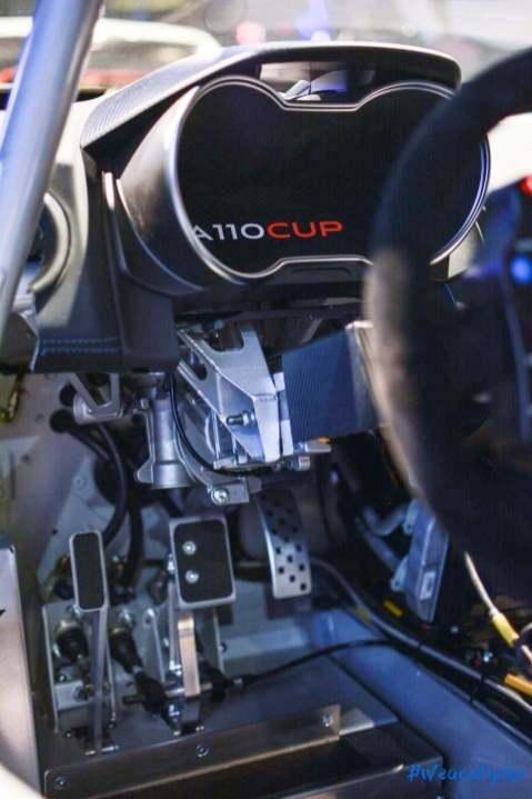 Alpine A110 Cup Signatech Studio Boulogne Billancourt GPE Auto 27 - L'Alpine A110 Cup en détail sous l'oeil de GPE Auto !
