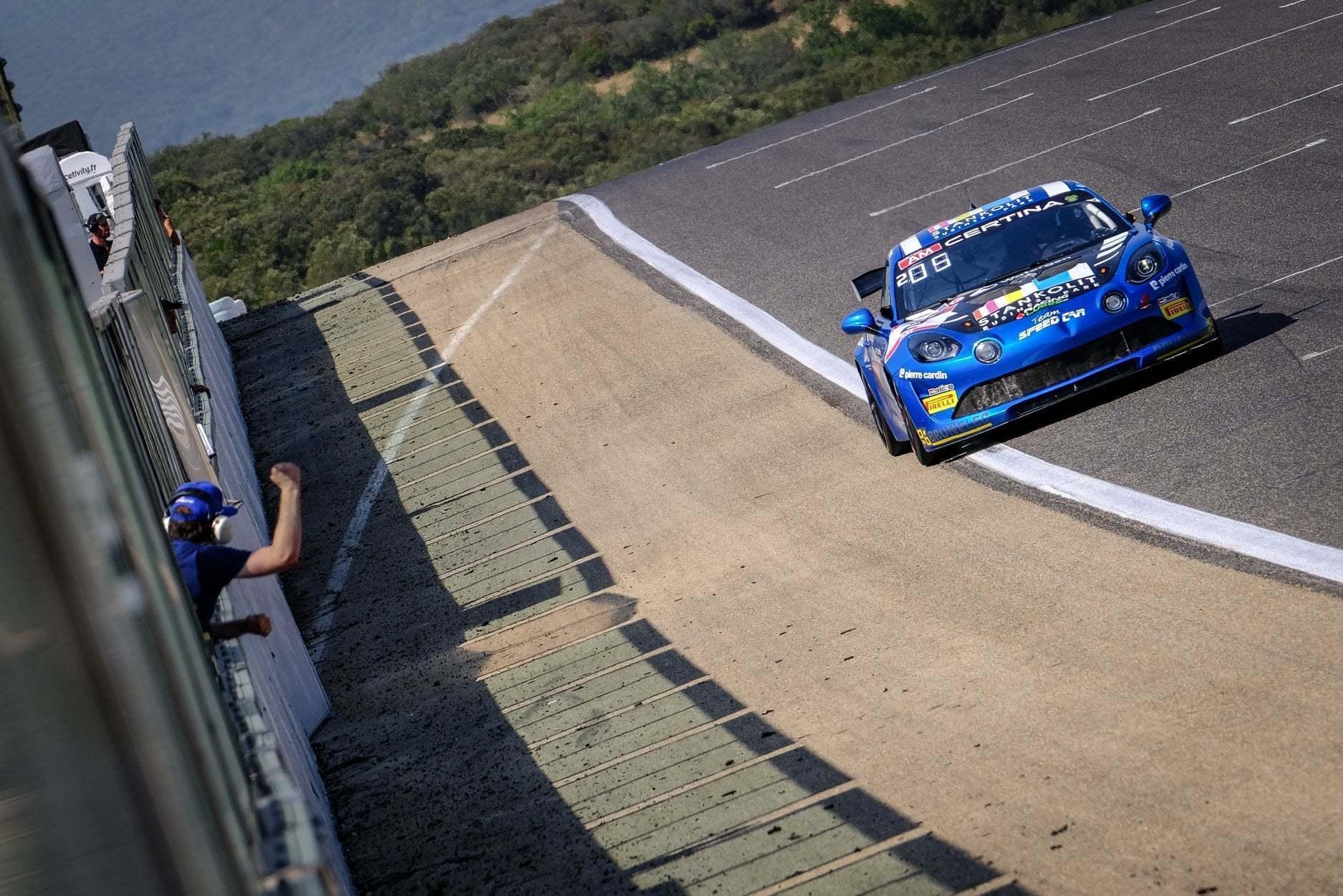 FFSA GT4 Circuit Lédenon Course 1 2019 Bodemer CMR Alpine A110 10 | FFSA GT: Rédélé Compétition s'impose à Lédenon ! (Course 1)