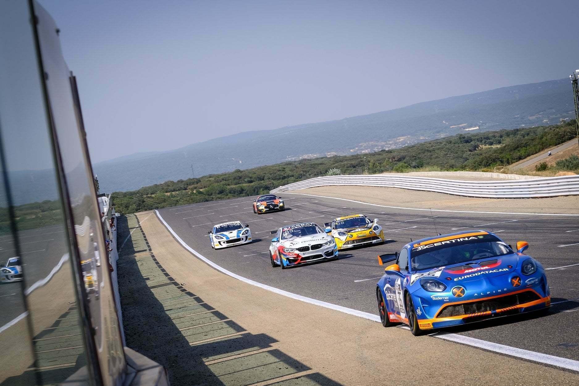 FFSA GT4 Circuit Lédenon Course 1 2019 Bodemer CMR Alpine A110 14 | FFSA GT: Rédélé Compétition s'impose à Lédenon ! (Course 1)