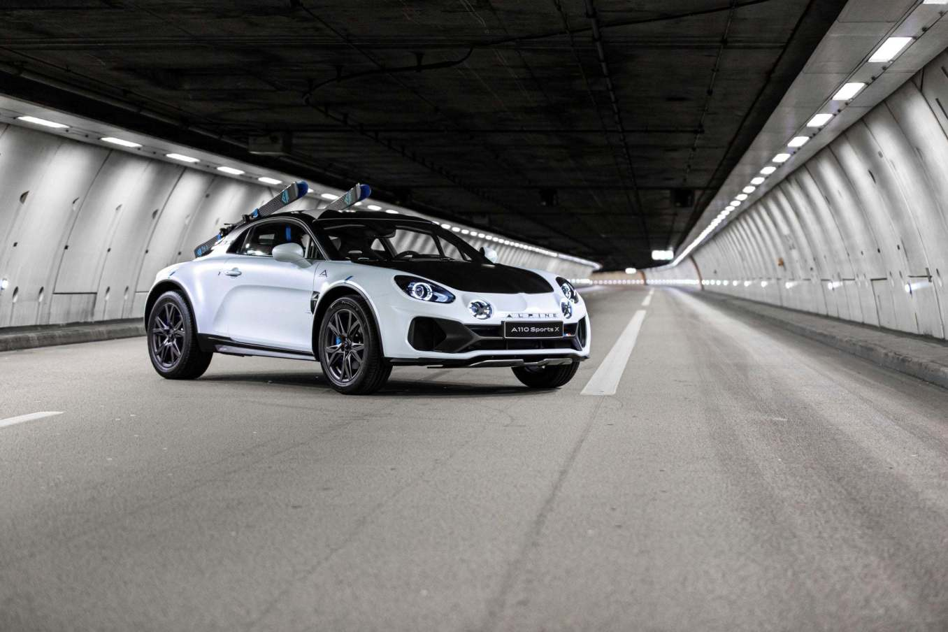 Alpine A110 SportsX Festival International Automobile 2020 11 scaled   Alpine A110 Sports X : un concept SUV Coupé ?