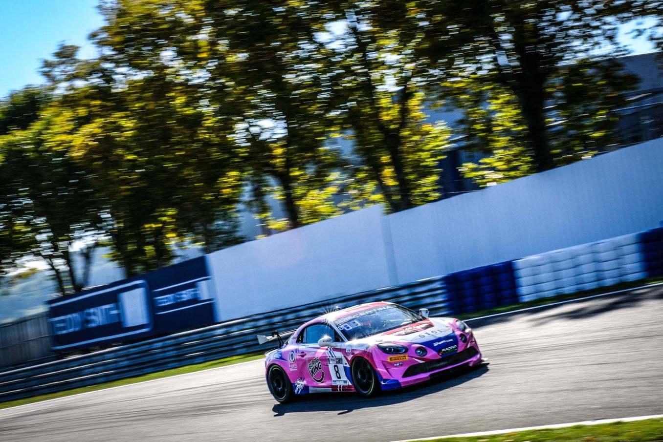 Alpine A110 GT4 FFSA GT 2020 Albi 19   Alpine A110 GT4 : le plein de points à Albi pour la 1ère course !