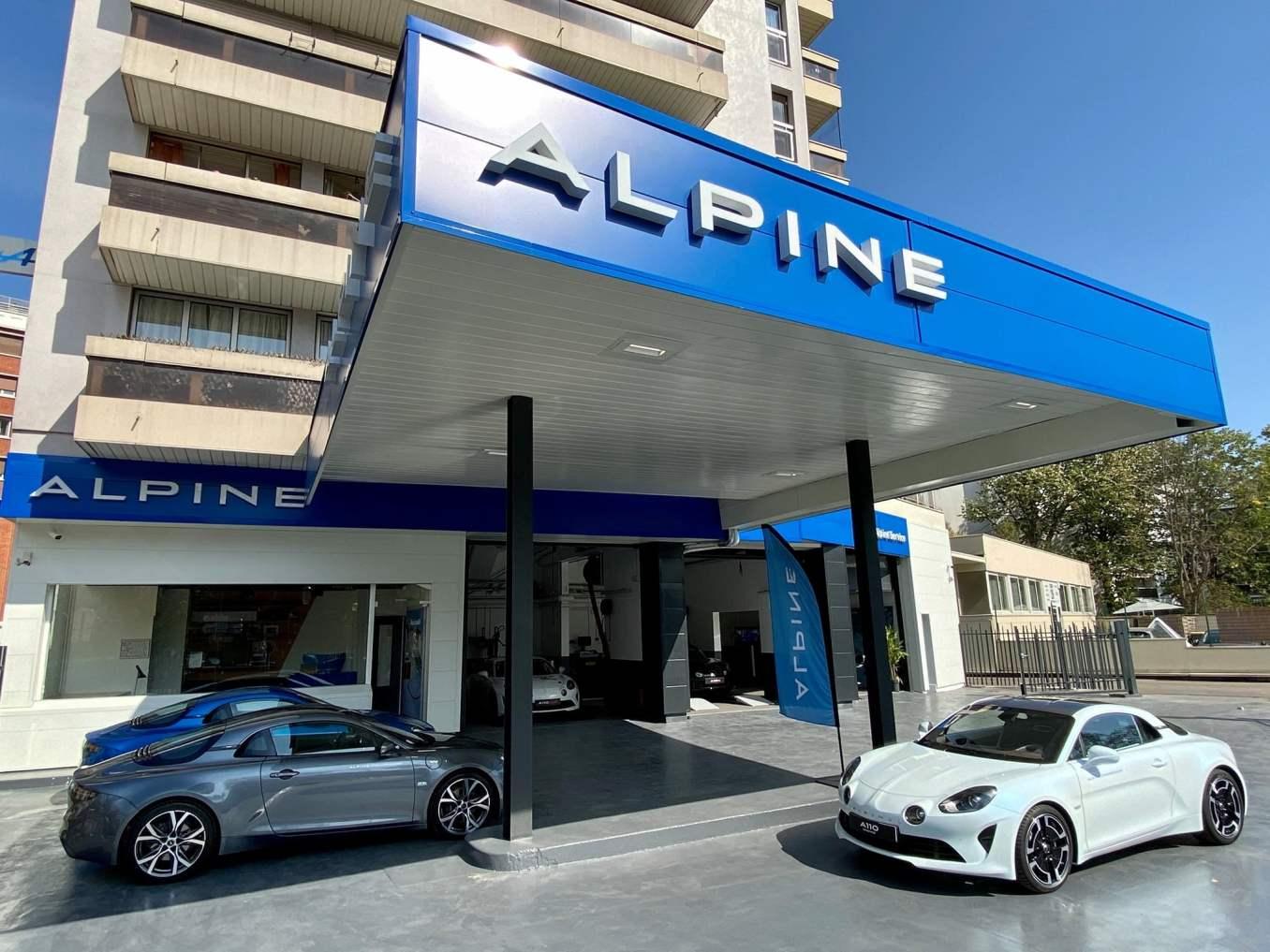 Alpine Service Studio Boulogne A110 2020 | Interview exclusive de Laurent Rossi, CEO d'Alpine Cars avec les Alpinistes 2021