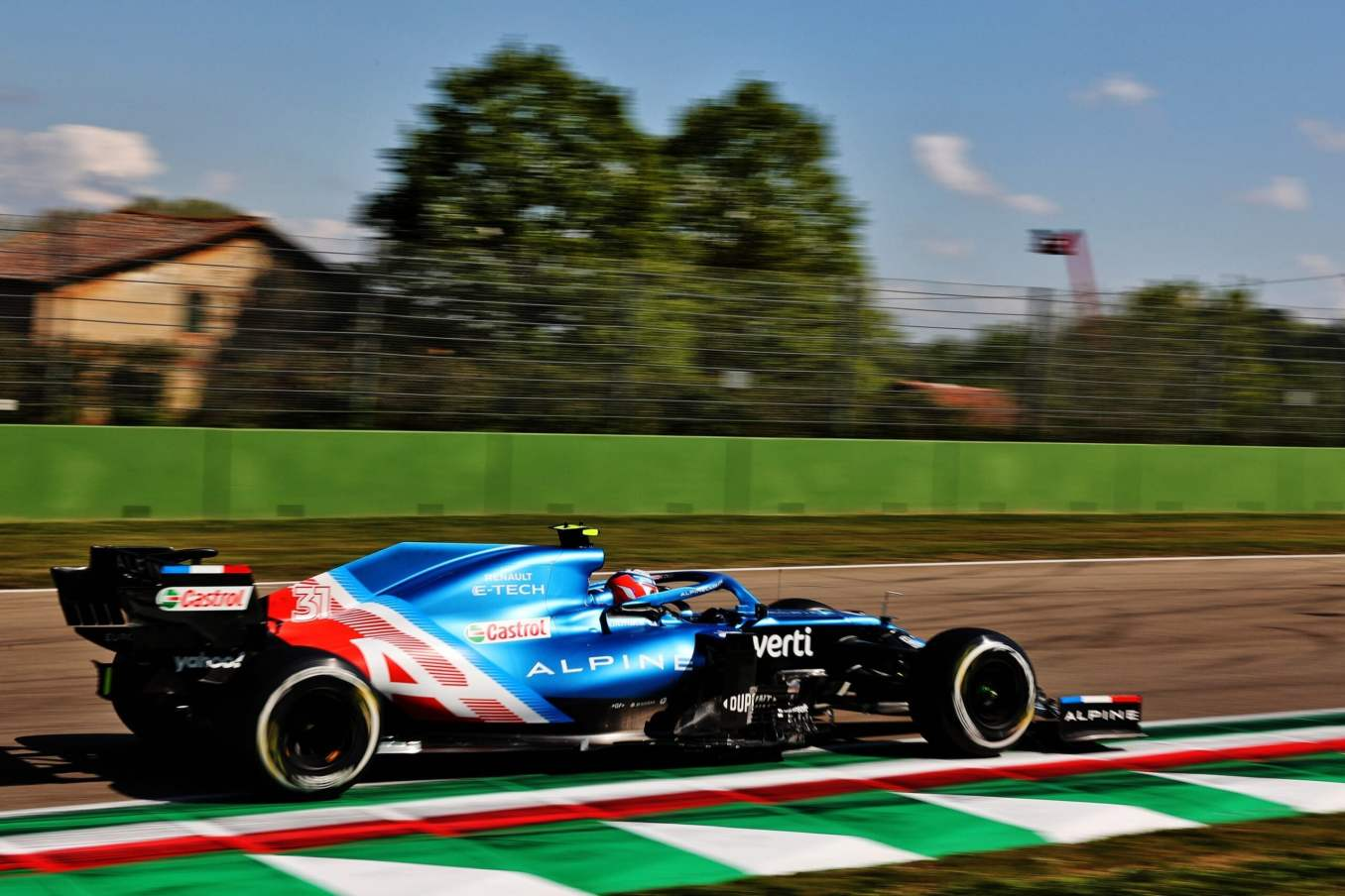 Alpine F1 Team A521 Alonso Ocon Brivio Permane Imola 2021 Test 26 scaled | Alpine F1 Team en milieu de peloton aux essais à Imola