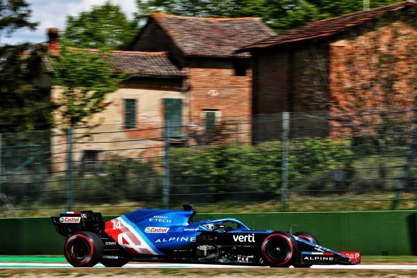 Alpine F1 Team A521 Alonso Ocon Brivio Permane Imola 2021 Test 28 scaled | Alpine F1 Team en milieu de peloton aux essais à Imola