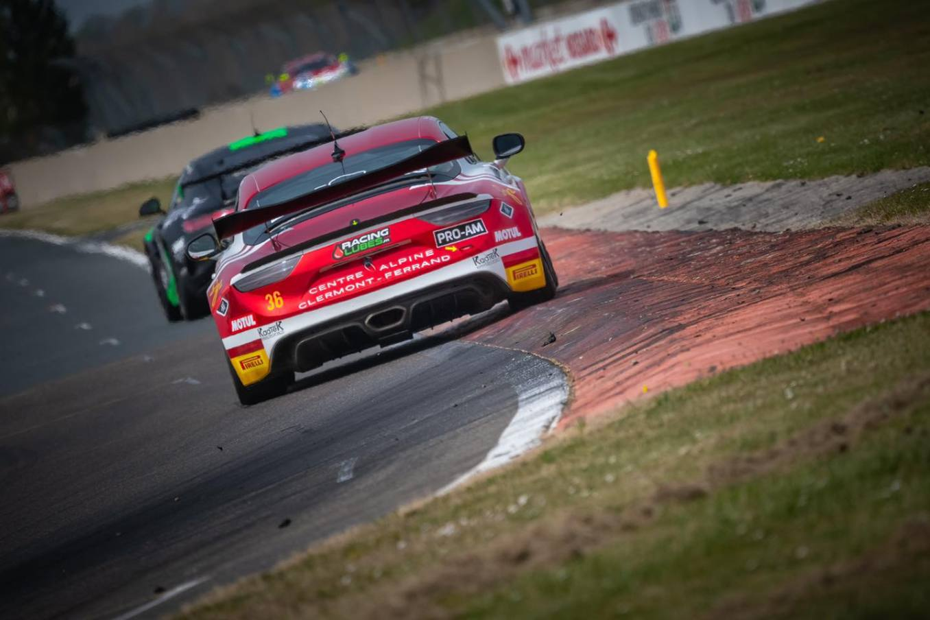 CMR Alpine A110 GT4 Prost Servol 2 | Alpine A110 GT4 : Victoire de Castelli et Wallgrenn pour les Coupes de Pâques à Nogaro