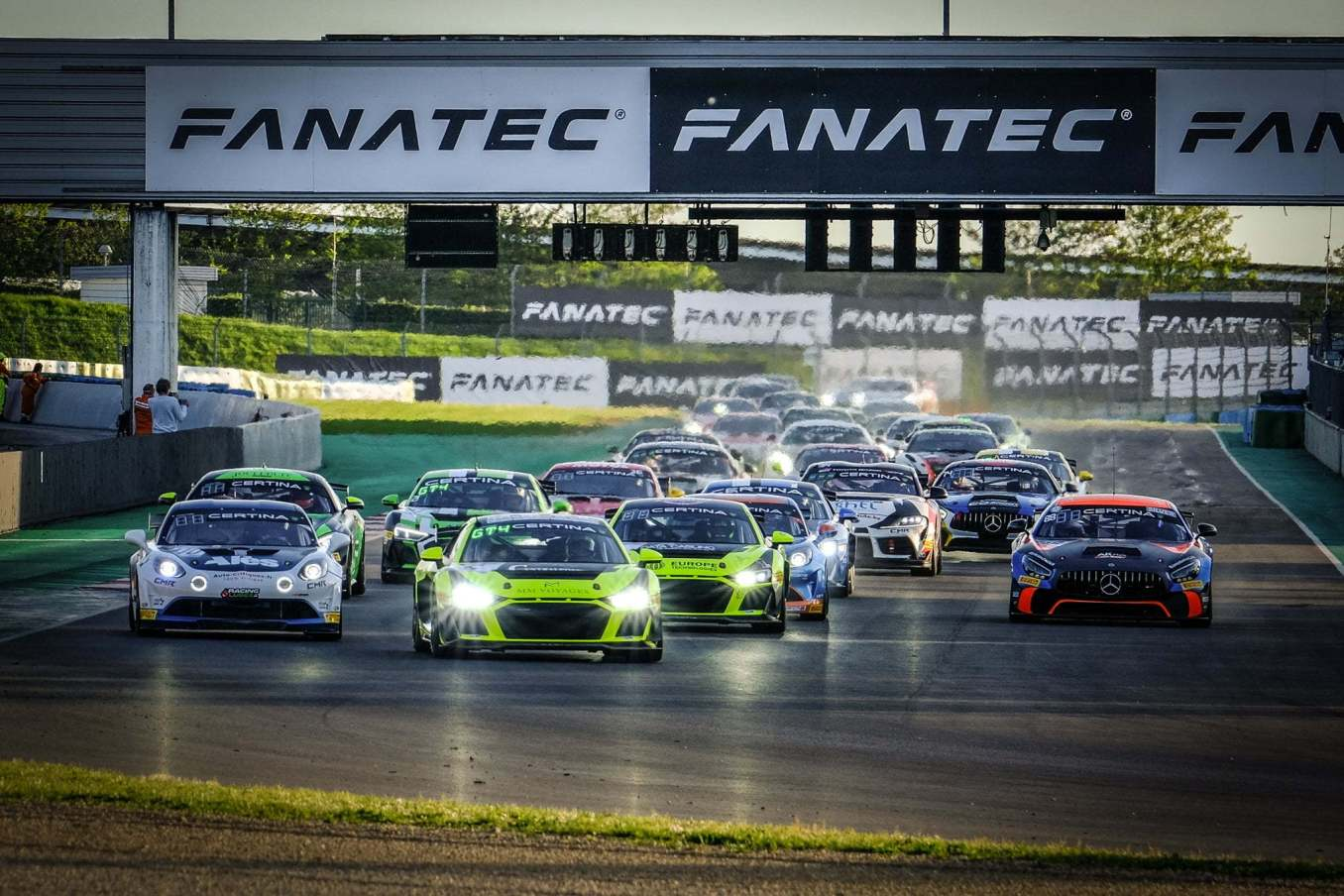 Alpine A110 GT4 Magny Cours FFSA GT 2021 8 | FFSA GT : l'Alpine A110 GT4 dans le Top 3 à la course 1 à Magny-Cours