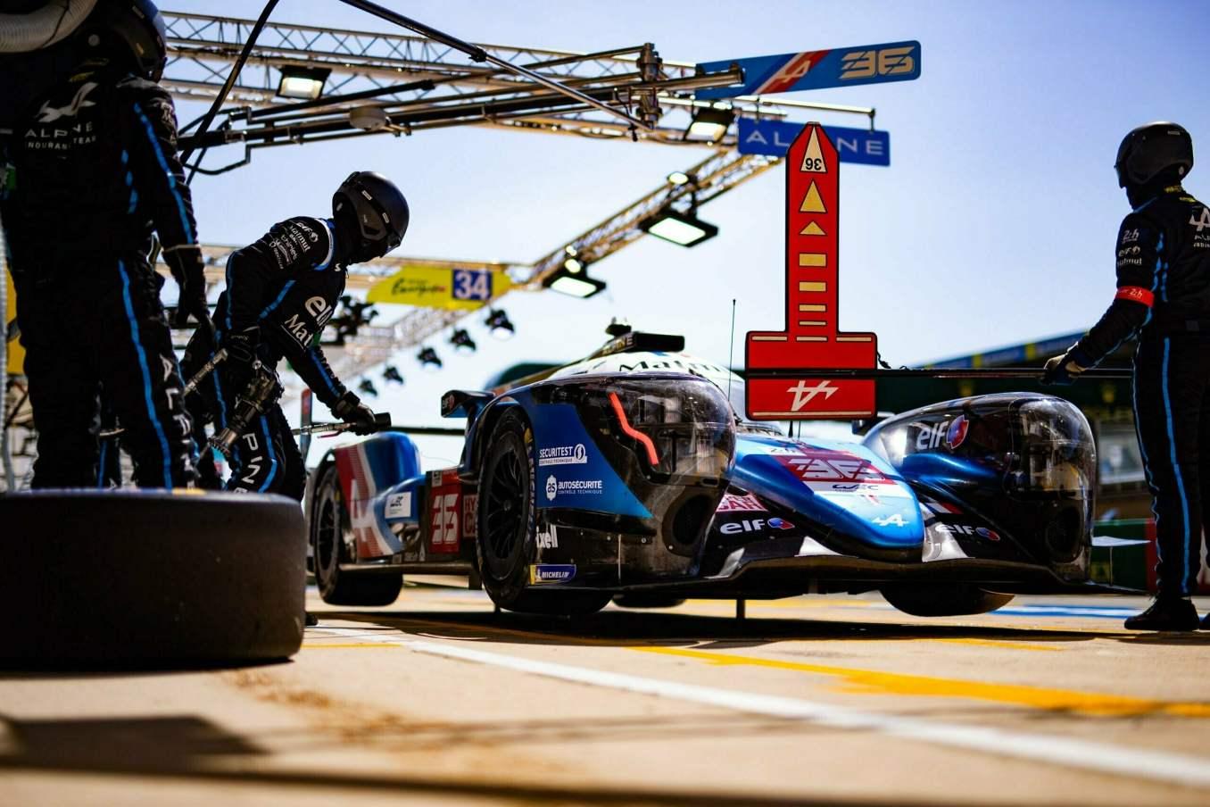 Alpine Endurance Team A480 24 Heures du Mans 2021 3 scaled | Les 24h du mans d'Alpine Endurance Team en photos