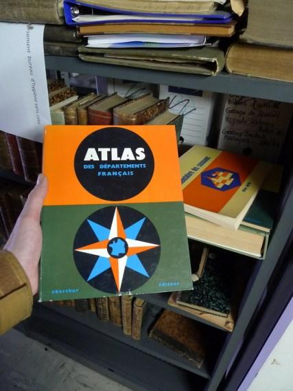 Atlas des départements français. Cliché Macula Nigra, 9 mai 2016.