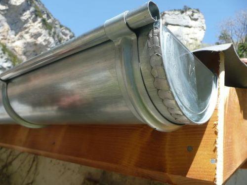 couverture zinguerie drome chabeuil gouttière zinc cuivre couvreur toiture toit rénovation neuf