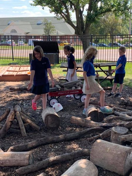 STJArnold-OutdoorLearningLogs
