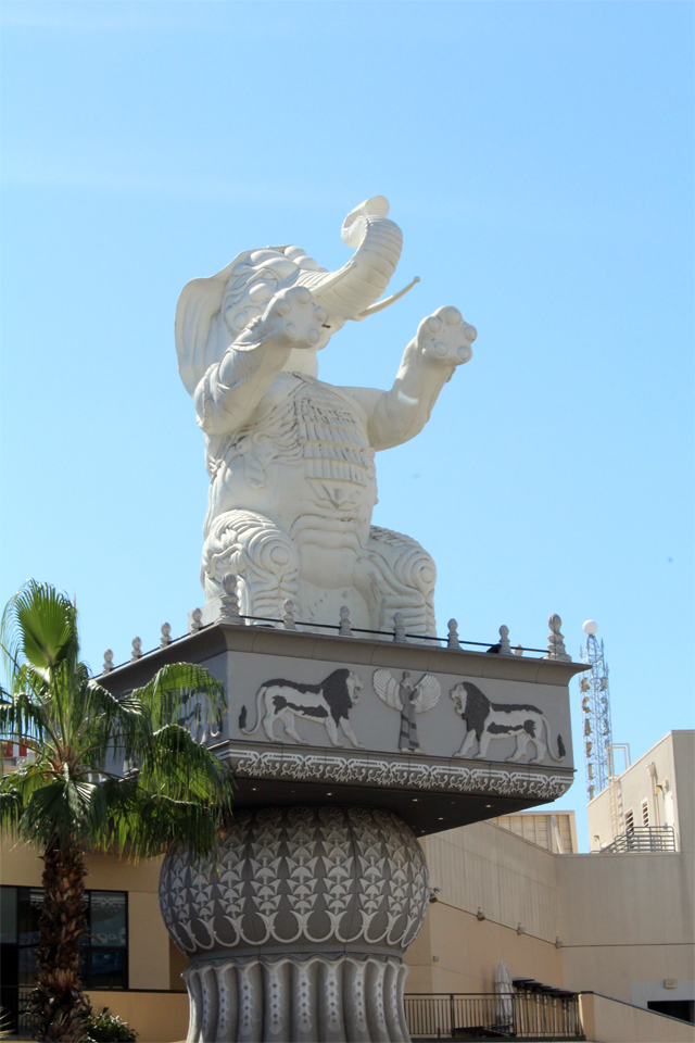 Que faire à los angeles - Eléphant Hollywood Boulevard