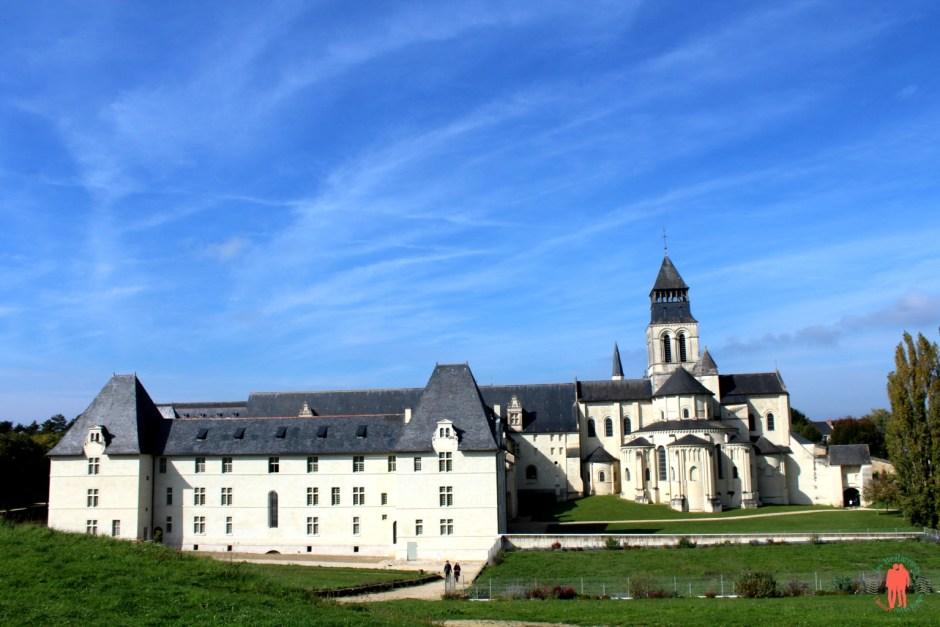 Abbaye de fontevraud un lieu insolite pour dormir - Hotel abbaye de fontevraud ...