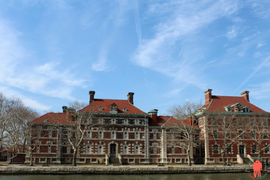 Ellis Island, bâtiments administratif