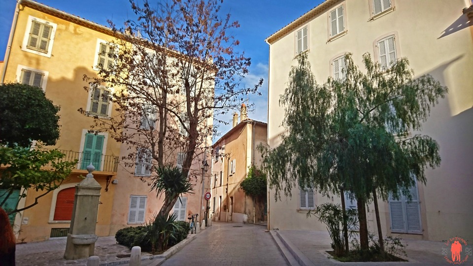 place_saint_tropez